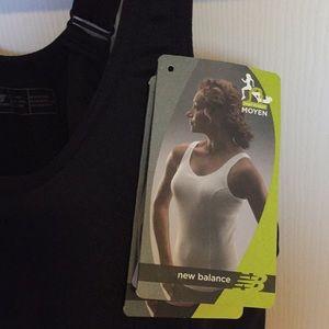 NWT New Balance sport bra top self underwire bra